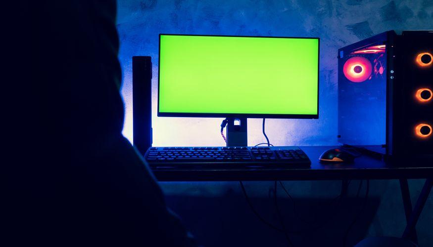 Długie przesiadywanie przed komputerem może skończyć się źle, chyba że zadbamy o ergonomiczne i komfortowe stanowisko do gry